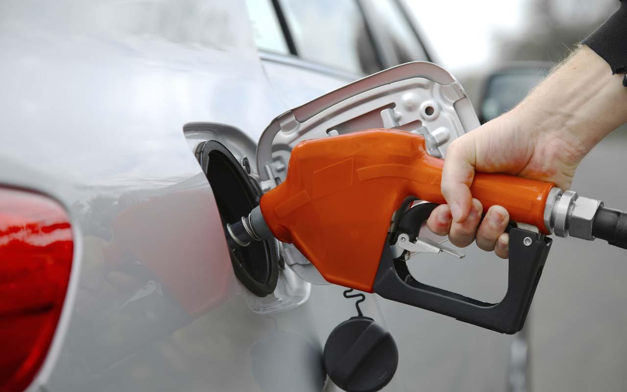 تقرير هل هنالك فرق حقيقي بين بنزين 95 و91 مهم لكل شخص ينوي تغيير نوع البنزين المربع نت
