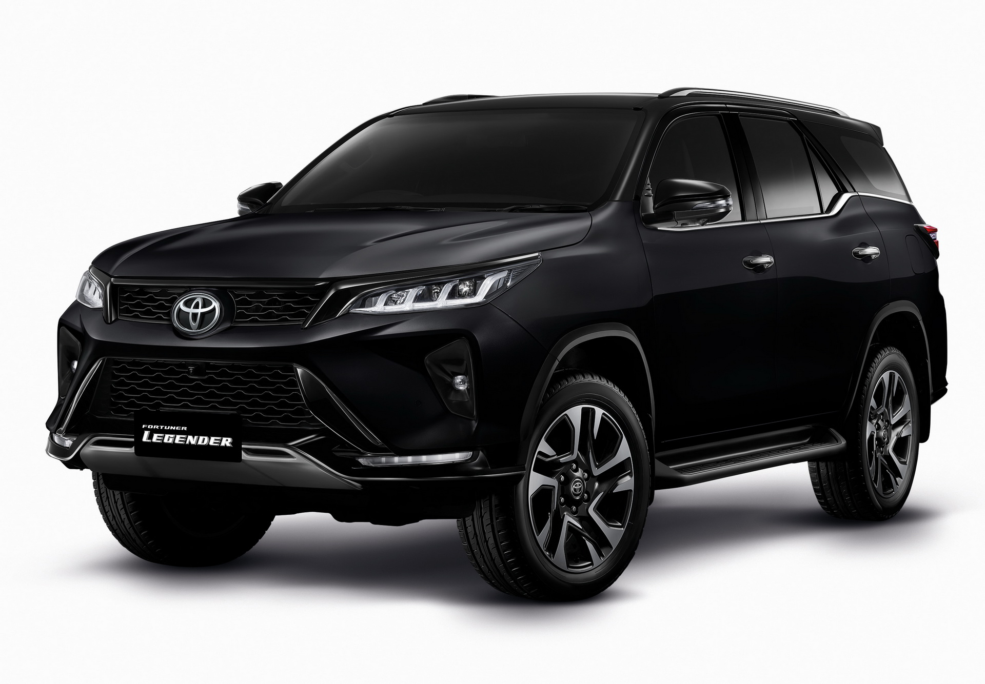 سعر تويوتا فورتشنر 2021 في السعودية Toyota Fortuner المربع نت
